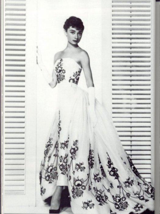audrey-hepburn-sabrina-dress-2